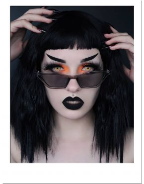 Black Wig Short Wavy With Bangs