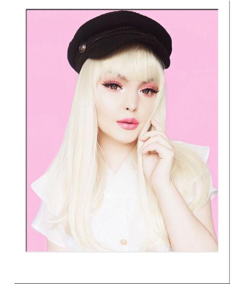 Blonde Wig With Fringe