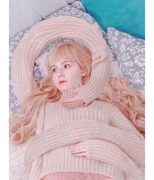 Long Wavy Blonde Wig With Fringe Bangs