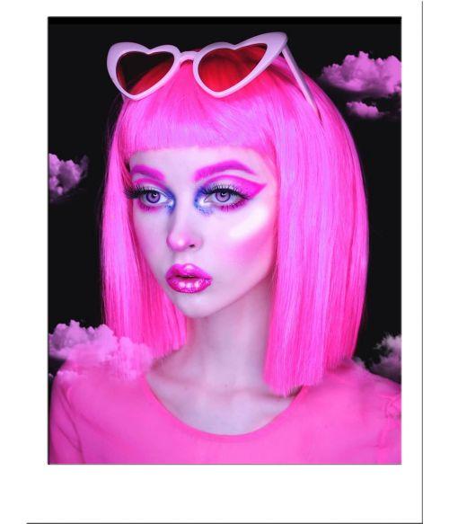 Neon Wig Pink
